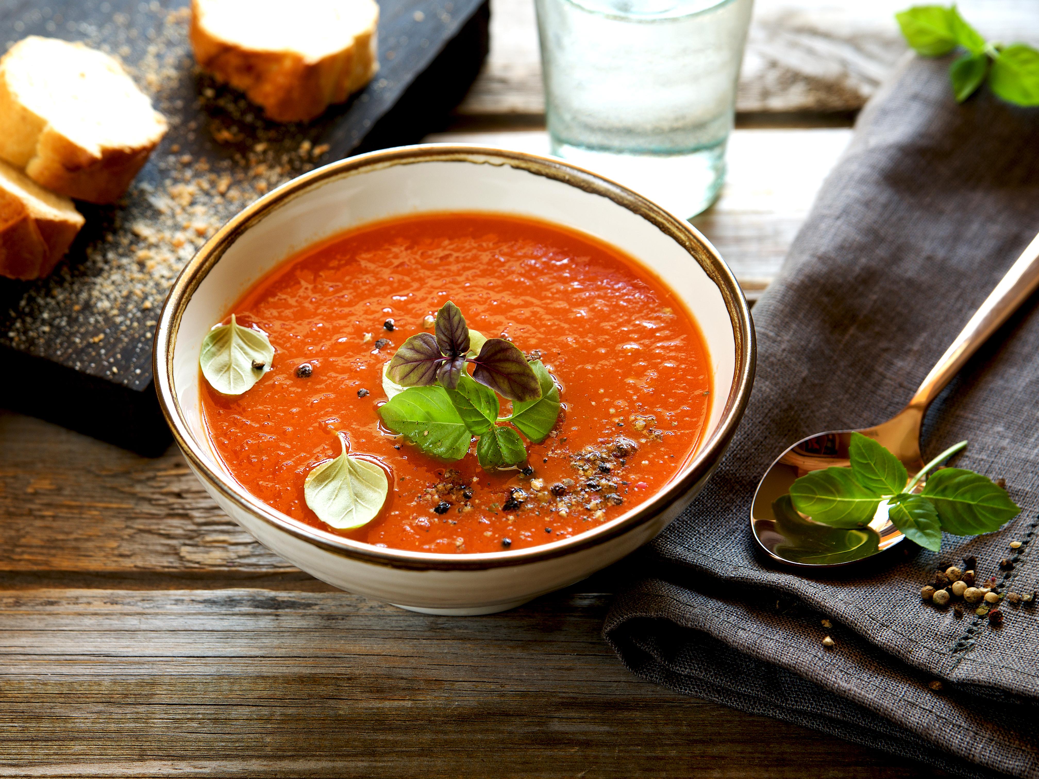 Soupe-froide-tomate-dorothee-lepicurienne-a-la-une